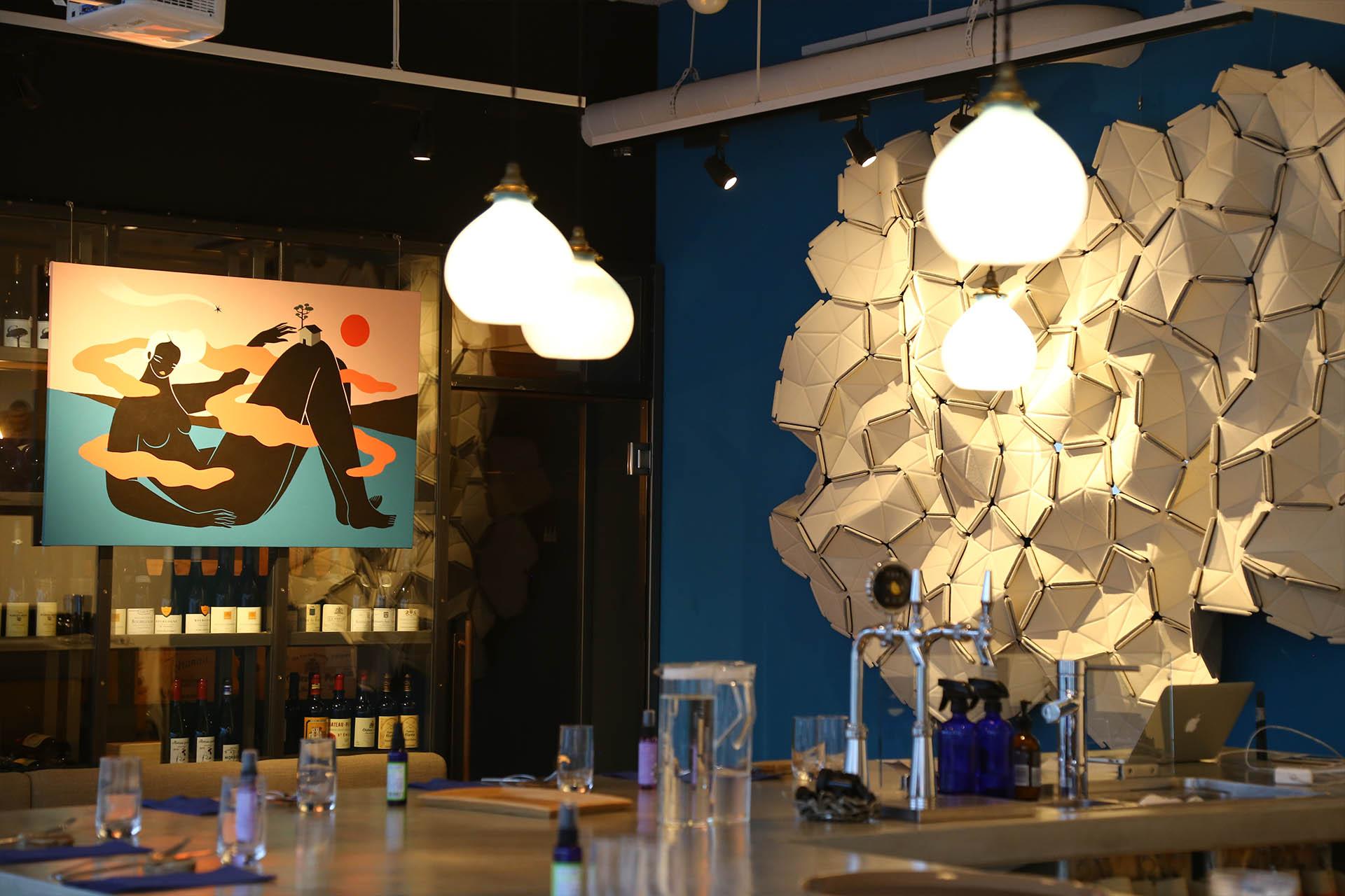 Hilda Palafox exhibition at apéro- アペロ ワインバー / オーガニックワインxフランス家庭料理 - 東京都港区南青山3-4-6 / apéro WINEBAR - vins et petits plats français - 2016