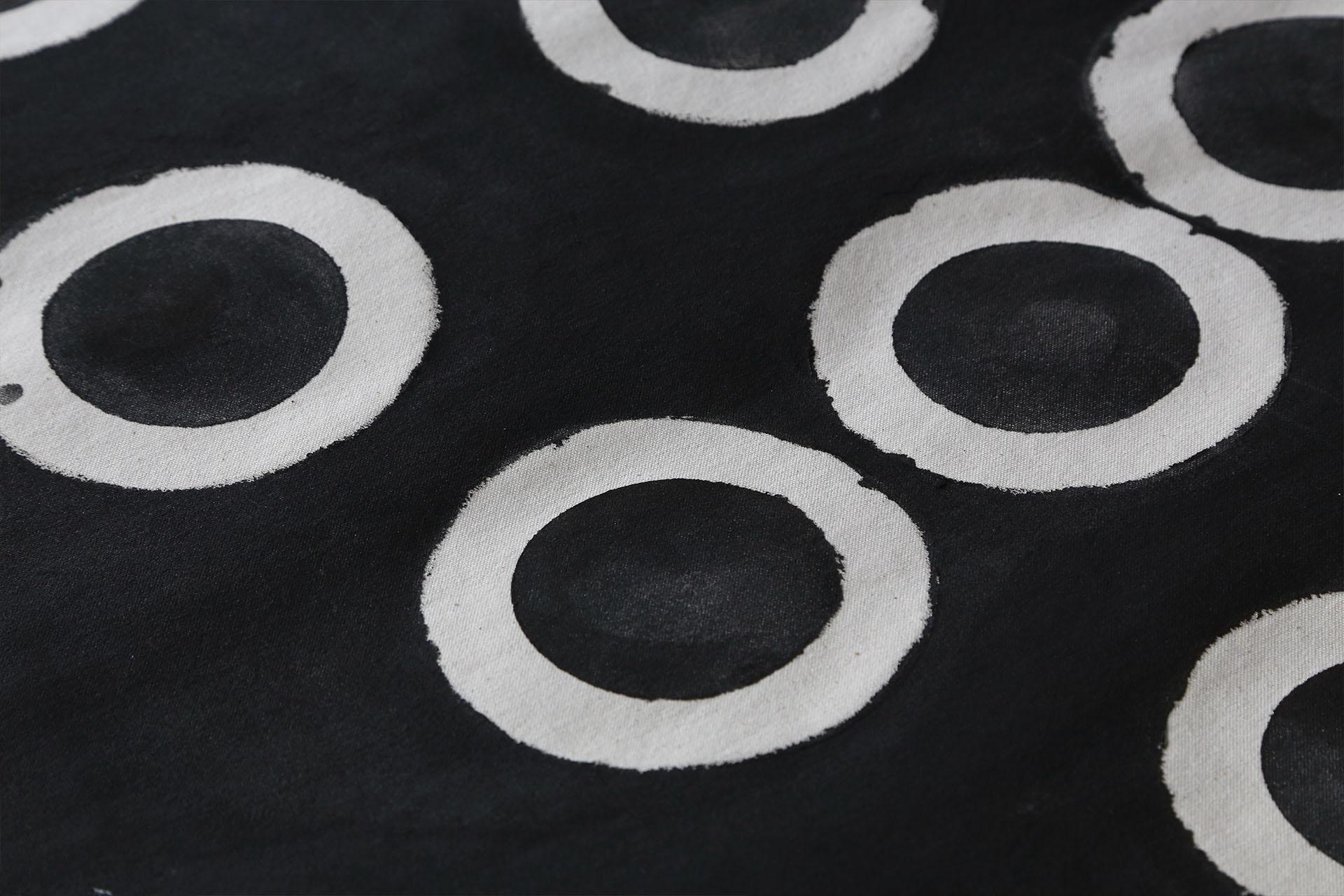 Daniel Silva exhibition at apéro- アペロ ワインバー / オーガニックワインxフランス家庭料理 - 東京都港区南青山3-4-6 / apéro WINEBAR - vins et petits plats français - 2016