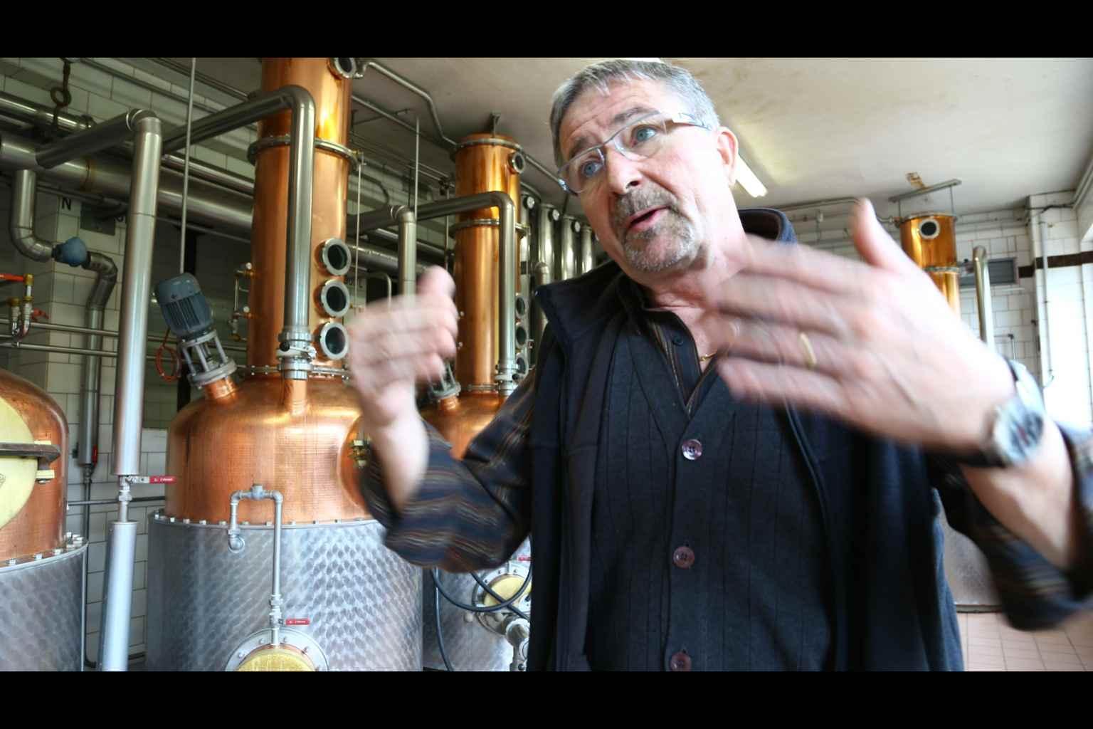 Distillerie Nusbaumer - アペロ ワインバー / apéro WINEBAR - vins et petits plats français - Minami Aoyama Tokyo
