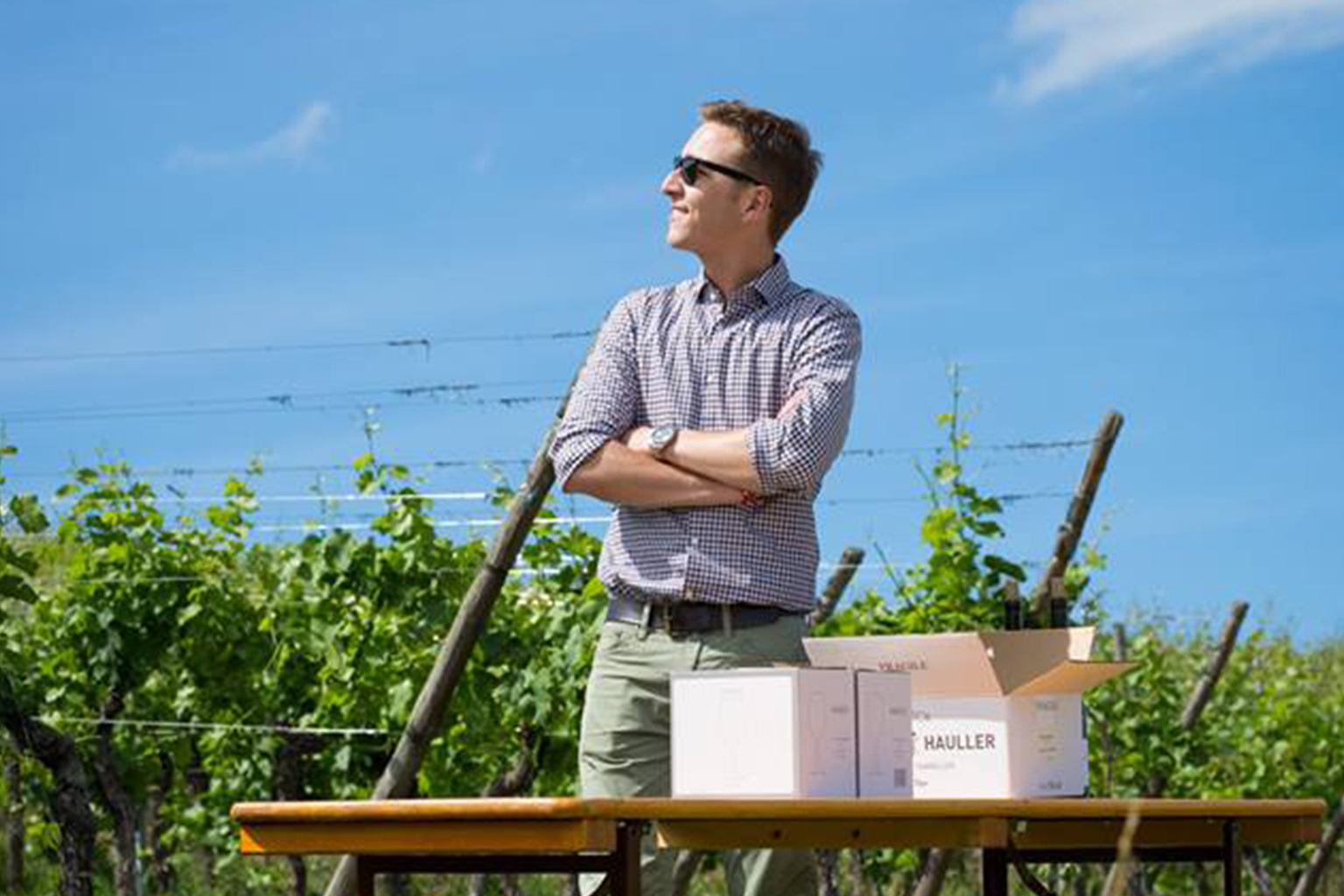 Domaine Louis Hauller - アペロ ワインバー オーガニックワインxフランス家庭料理 - 東京都港区南青山3-4-6 / apéro WINEBAR - vins et petits plats français