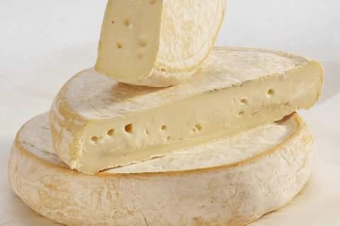 Reblochon fermier - cow cheese - アペロ ワインバー / オーガニックワインxフランス家庭料理 - 東京都港区南青山3-4-6 / apéro WINEBAR - vins et petits plats français - 2016